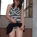 【アダルトスカートたくし上げ】素人が自分でスカートたくし上げしてパンツ見せてくれる画像集めたら、自分がお願いしてるみたいで超興奮したww