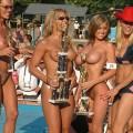 【海外裸祭りエロ画像】レベルが高すぎる!海外の祭りやイベントで全裸を晒す女達!