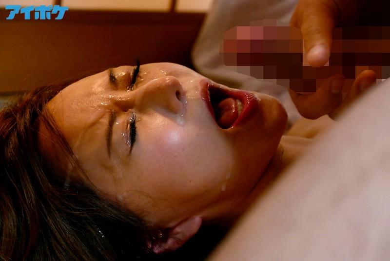 【強姦エロ画像】あの現役AV女優をガチレイプwww激しいスパンキングに終わらない輪姦www11