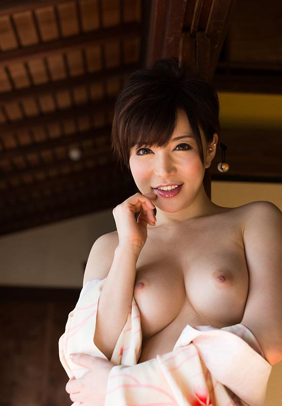 【強姦エロ画像】あの現役AV女優をガチレイプwww激しいスパンキングに終わらない輪姦www19