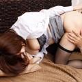 【クンニリングスエロ画像】オマンコのお味は?女の子のオマンコをぺろぺろ舐めるプレイ!