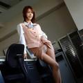 【セルフパンチラエロ画像】自らスカートをまくりあげて見せるセルフパンチラww
