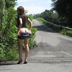 【野外露出エロ画像】屋外で大胆な脱ぎっぷり!野外露出ヌードがエロ杉www