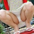 【M字開脚エロ画像】視線は女の子の股間へ…!M字開脚画像あつめたった!