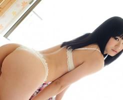 【Tバックエロ画像】Tバック下着でセクシーに彩られた女の子の美尻!