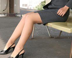 【美脚エロ画像】スラリとした美脚についつい手が伸びてしまいそうwww