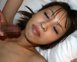 【顔射エロ画像】女の子の顔面に精液ぶっかけたら満足なのか!?wwww
