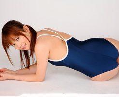 【スクール水着エロ画像】時期はずれでも見たい!スクール水着のマニアック女子!