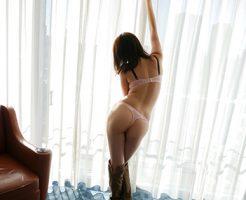 【Tバックエロ画像】美尻が際立つTバック!やっぱり最高だなwwwww