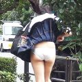 【街撮りパンチラエロ画像】買物中のスカート美女や下校中の制服JKたちのパンチラを尾行盗撮してオナネタにしたった街撮りパンチラのエロ画像集!ww【80枚】