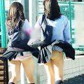 【風パンチラエロ画像】まさに神風!!登下校中の素人JKやスカートのお姉さんたちが風パンチラして盗撮されちゃってる風パンチラのエロ画像集ww【80枚】
