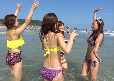 【素人水着エロ画像】下着同然!?生々しいまでの素人娘たちの水着姿!