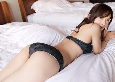 【下着エロ画像】ごくごくノーマルな女の子のパンツがコチラ!これはこれでアリだなww