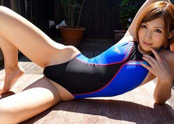 【競泳水着エロ画像】これが競泳用の水着!?ちょっとマジでエロいんだけど…