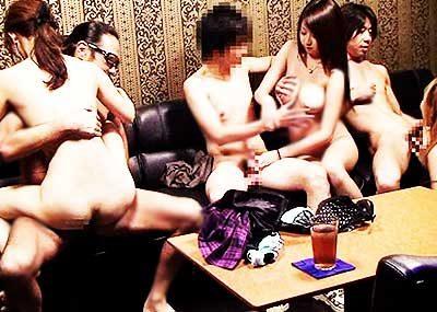 【カップル喫茶エロ画像】カップルや夫婦が他人にセックスを見せつけ乱交やスワッピングしちゃうカップル喫茶のエロ画像集!ww【80枚】