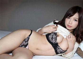 【美熟女エロ画像】熟女はニガテというやつでも、こんな美人熟女ならイケるだろ!?