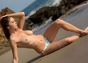 【外国人エロ画像】ナイスバディな美女のメチャシコ画像wwww(50枚)